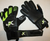 Вратарские перчатки Just4Keepers CARBON