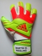 Перчатки Adidas Predator Zone medium fit S88075