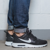 Nike Air Max Tavas Black/White 705149-009